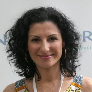 Takawear, Tania Eskinazi